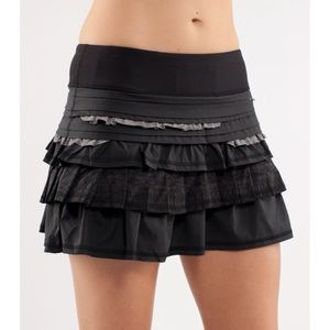 Lululemon Run: Back On Track Skirt